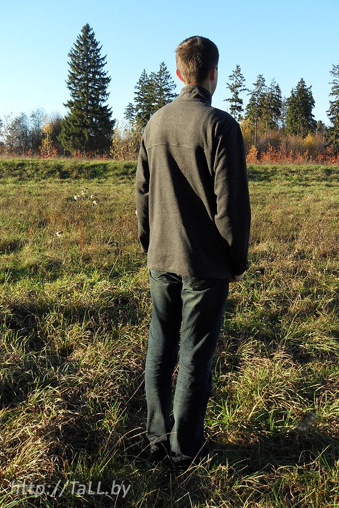 Я в батнике columbia в поле