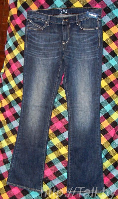 Женские джинсы OldNavy «Тhe Diva Boot-Cut Jeans» спереди