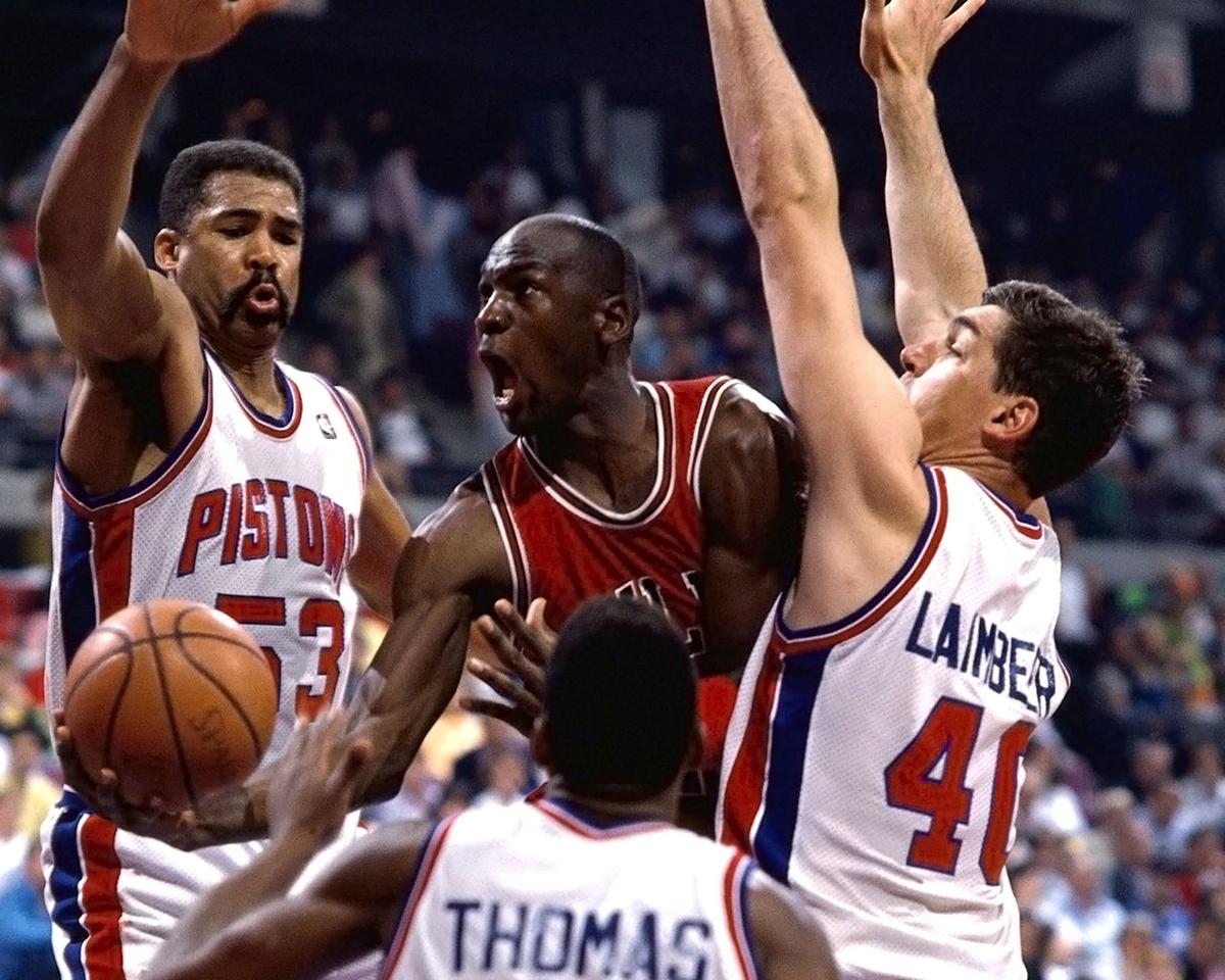 «Правило Джордана» в действии. Три игрока «Детройт Пистонс» против Джордана